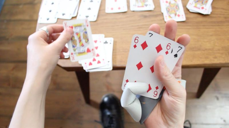 The Third Thumb Дополнительный большой палец на руке