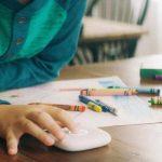 Гаджеты для детей:Relay умная рация для предотвращения зависимости от смартфона у детей