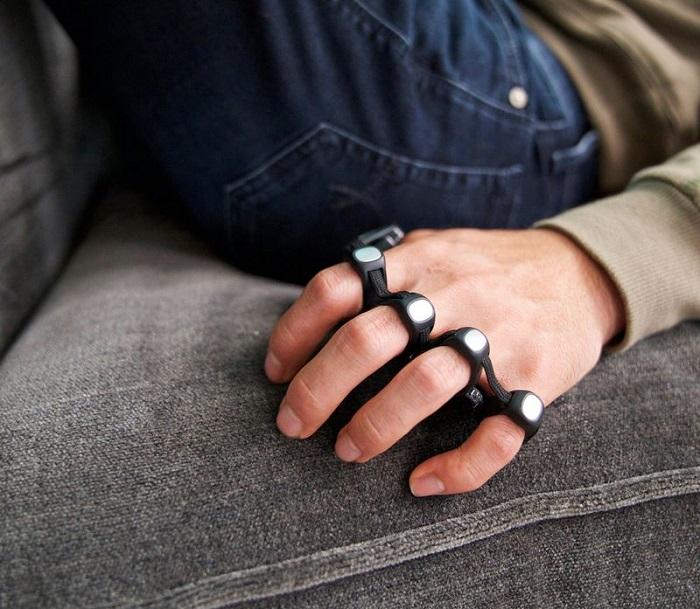 Удивительная клавиатура Tap Strap