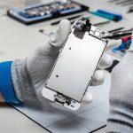 Лайфхаки для телефона: чего НЕ стоит делать если смартфон попал в воду