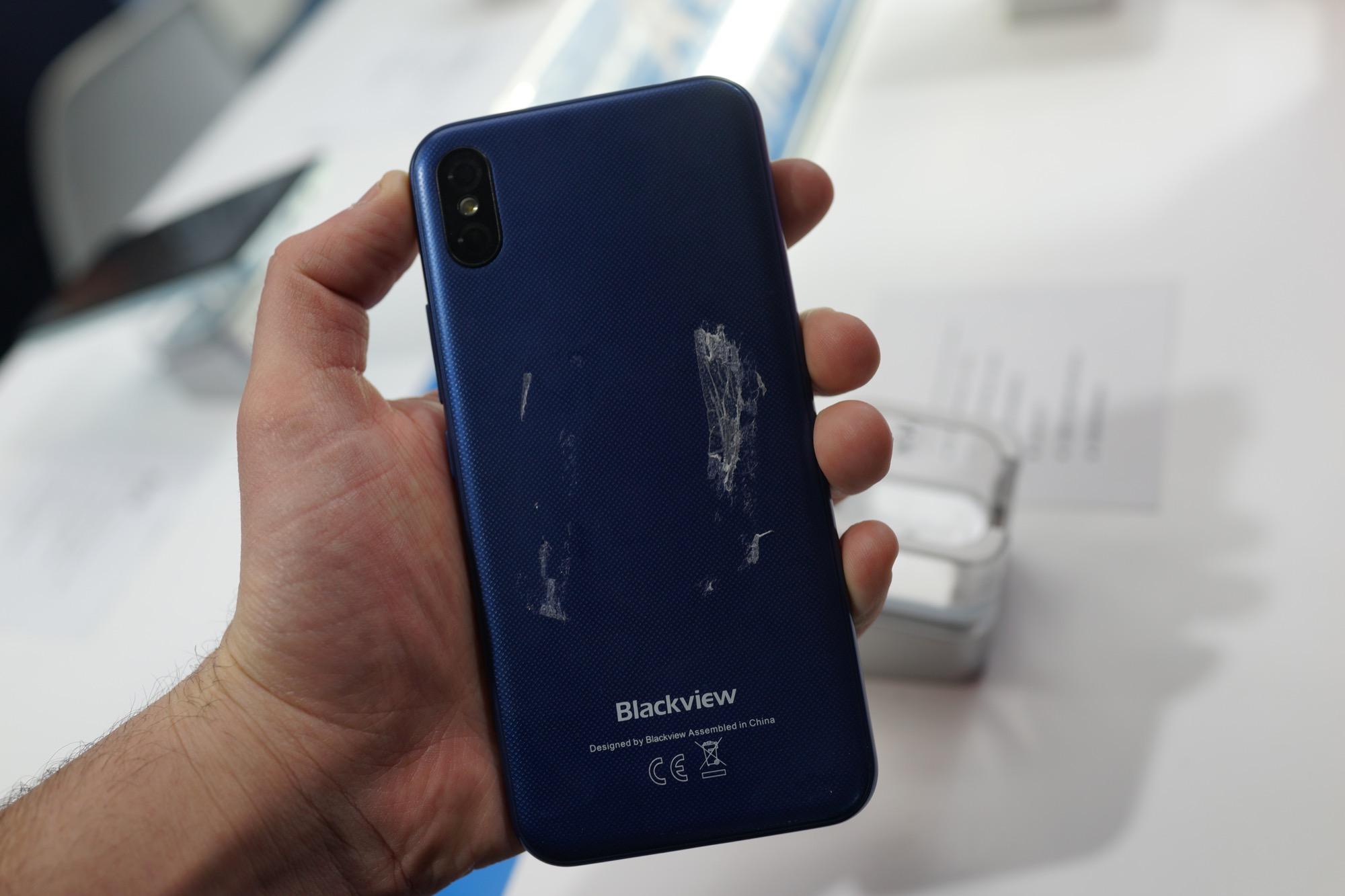 Клоны iPhone X на MWC 2018