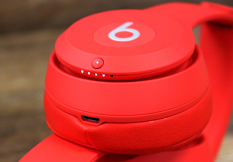 Beats Solo3 RED