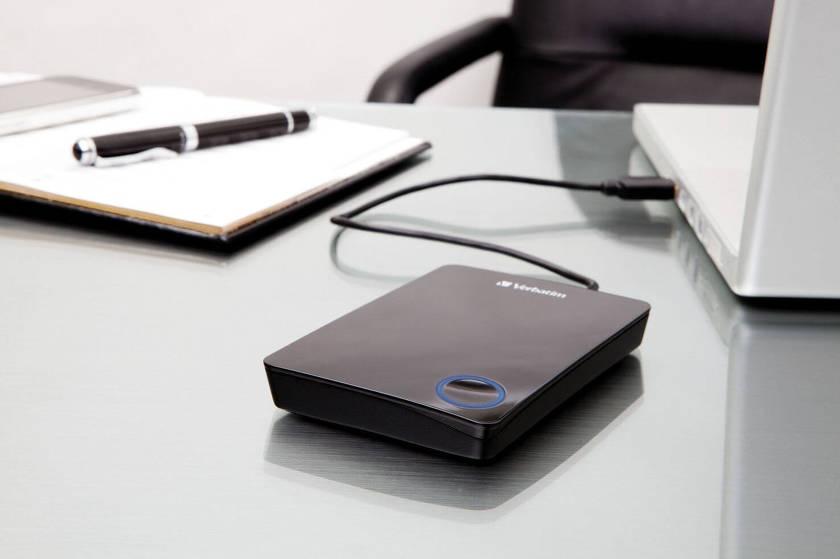 Полезные лайфхаки: 8 советов как защитить ноутбук от лета