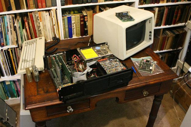 технологии второй половины 20 века: IBM Model 5150