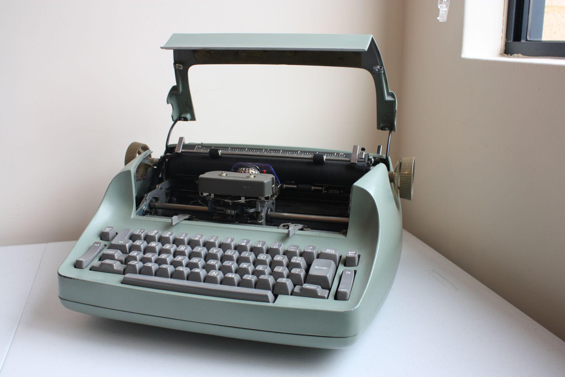технологии второй половины 20 века: IBM Selectric