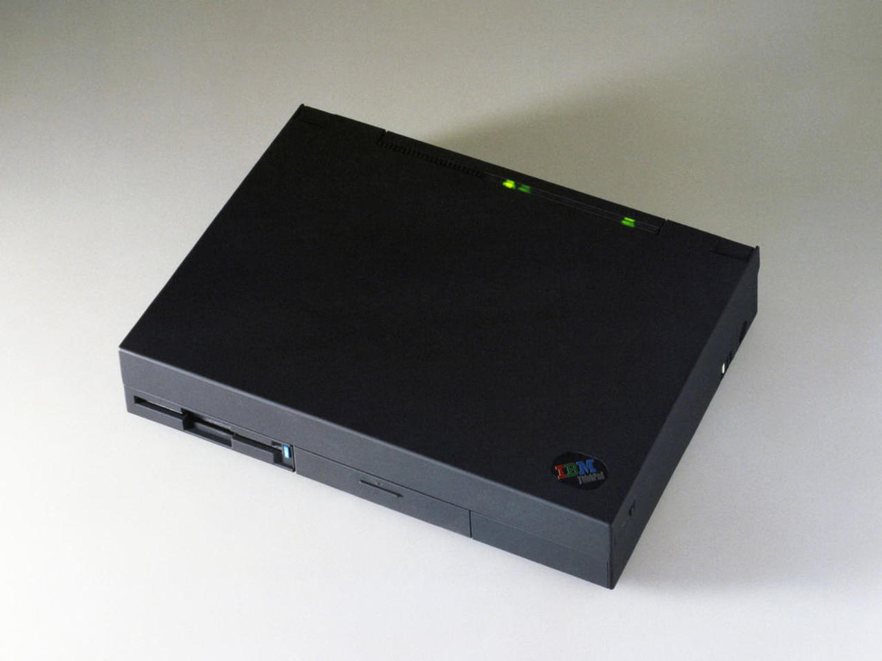 технологии второй половины 20 века: IBM Thinkpad 700C