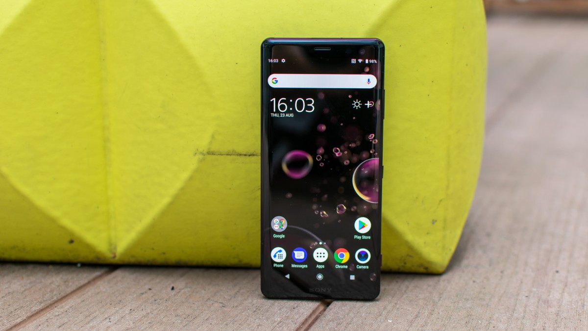 Sony Xperia XZ3 2018 бордовый
