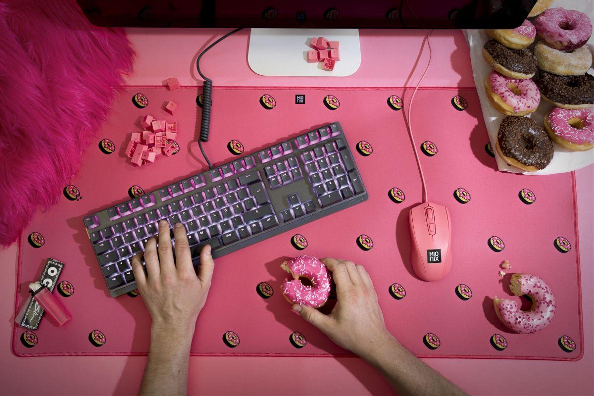 идеи подарков на 8 марта девушке геймеру