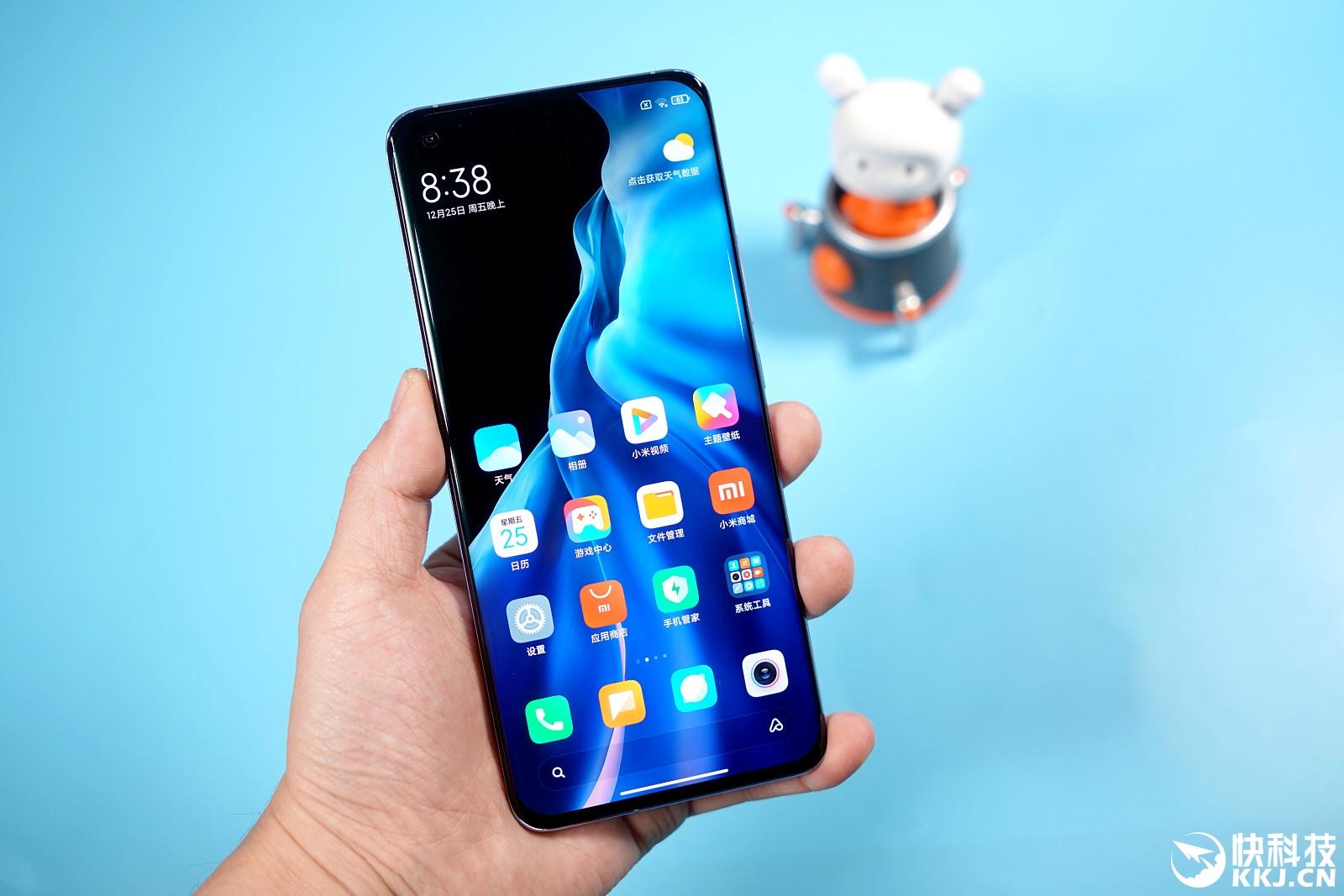 новый Xiaomi Mi 11